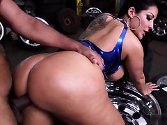 Exgirlfriend doggystyle creampie