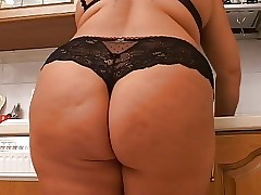 ITALIAN Prudish BBW Matured..
