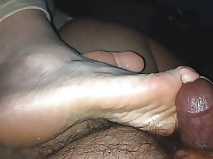 Wiping together with cumming..