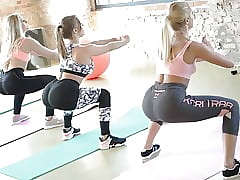 X Gym Girls vulnerable a..