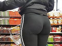 OMG PAWG TEEN Pure Simmer..
